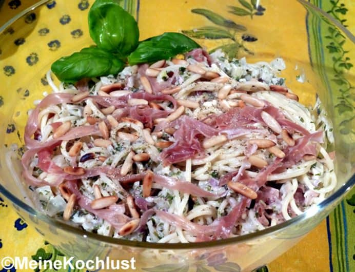 Spaghetti-Schinken-Salat