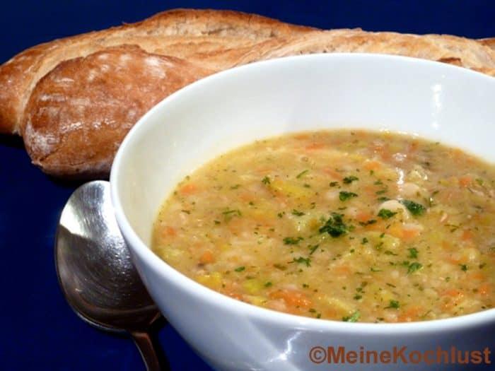 Bohnensuppe nach Römer Art