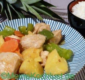 Hühnerbrust mit Ananas