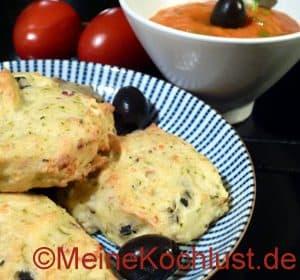Schafskäse-Oliven-Happen