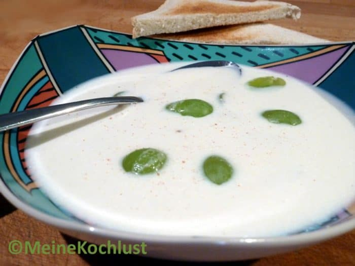 Trauben-Mandel-Suppe - ajo blanco