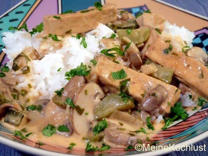 Tofu Ragout Stroganoff