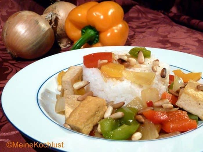 Tofu mit Paprika-Gemüse
