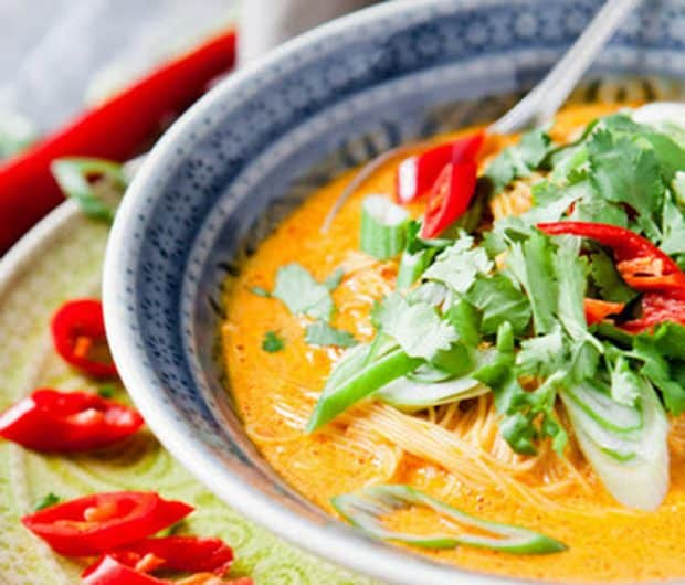 Nudelsuppe-Thai-Curry-Style