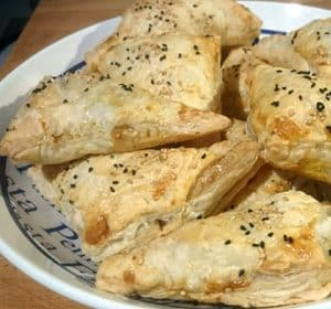 Thunfisch-Blätterteig-Taschen